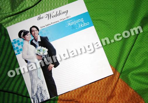 undangan pernikahan softcover 1 Undangan Black white [SC 09]