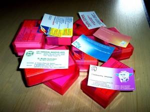 undangan pernikahan bonus kartunama 300x224 Bikin undangan pernikahan bonus kartu nama 1 box