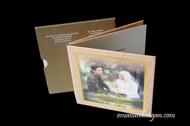undangan nikah hardcover amplop Undangan nikah hardcover dengan amplop [HC13]