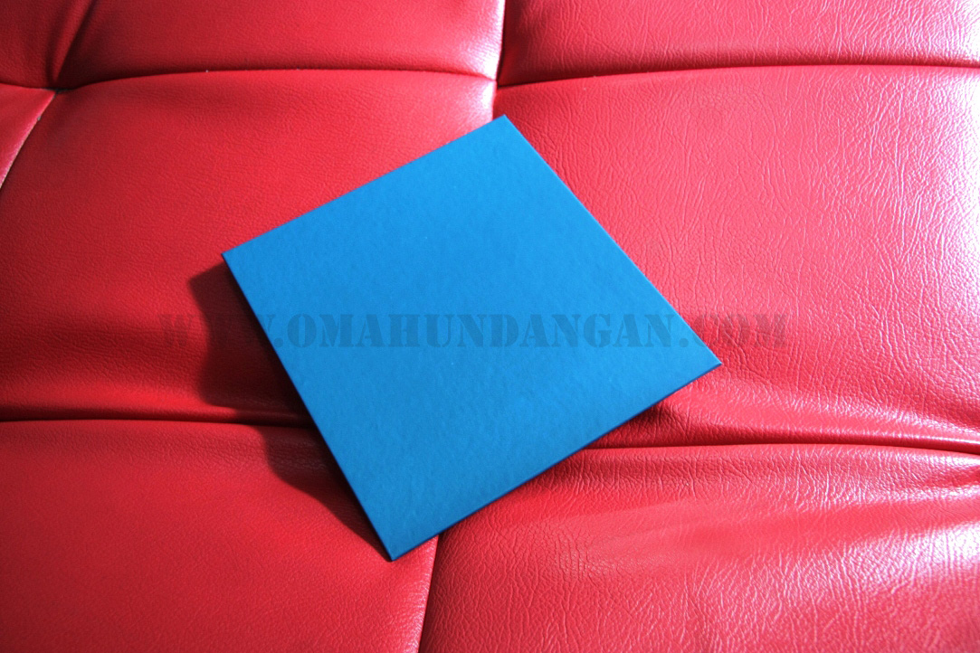 cover belakang undangan pernikahan biru single hardcover Undangan pernikahan islami single hard cover [SHC 03]