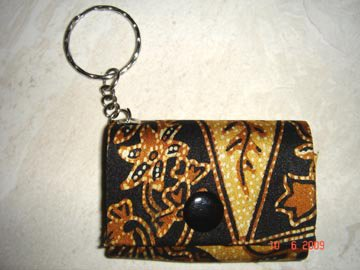 gantungan kunci dompet batik Sovenir gantungan kunci unik [S 01]