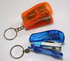 souvenir gantungan kunci streples bening 300x260 Sovenir gantungan kunci unik [S 01]