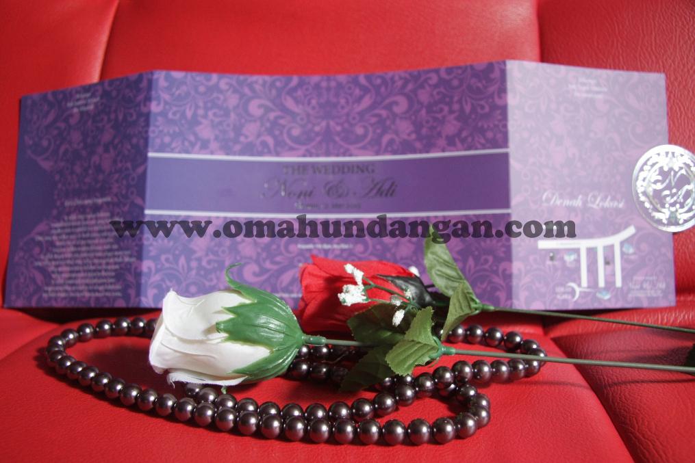 undangan elegan ungu belakang Undangan Elegan Ungu (SC 25)