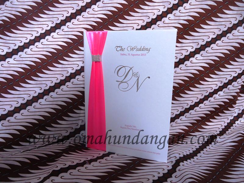 hardcover pita pink Undangan hardcover putih pita pink [HC 26]