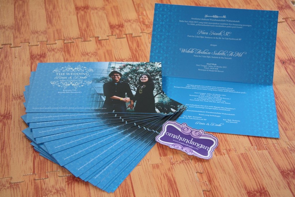 undangan biru  Undangan biru batik [SC 45]