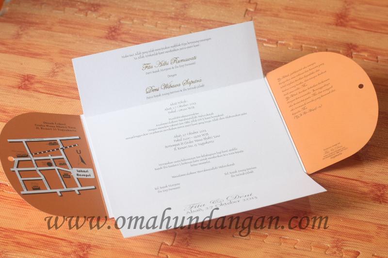 undangan coklat nikah Undangan nikah coklat [SC 42]