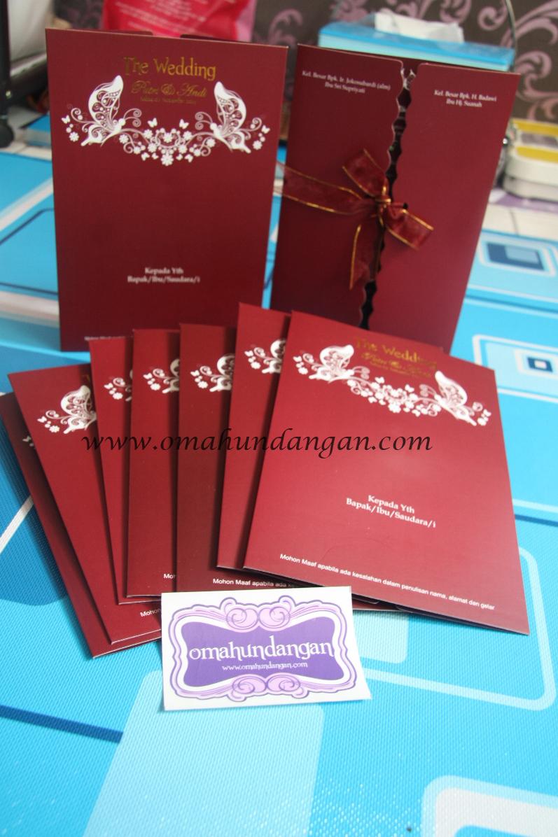 undangan maroon pita Undangan pernikahan maroon dengan pita [SC 48]