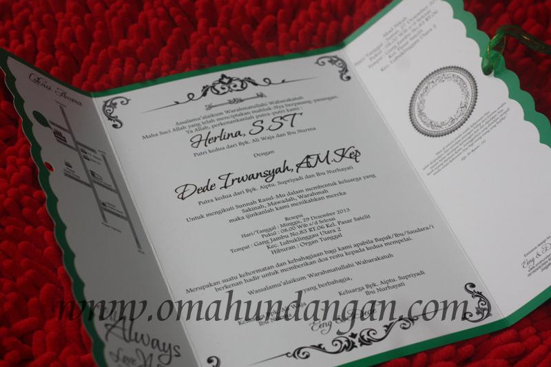 undangan pernikahan putih pita hijau Undangan putih pita hijau [SC 54]